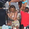 Beyoncé, Jay Z et Tina Knowles, en vacances aux îles de Lerins, retournent à bord de leur yacht. Cannes, le 8 septembre 2014.