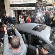 Kim Kardashian et Kanye West quittent le 64, rue Pierre Charron à Paris. Le 24 septembre 2014.