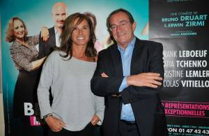 Jean-Pierre Pernaut : Amoureux et détendu avec Nathalie pour une soirée théâtre