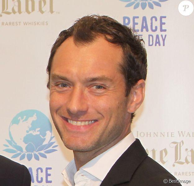 "Jude Law - Soirée ""Peace One Day"" au Sporting Monte-Carlo, le 22 mai 2014."