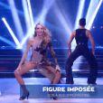 """Tonya Kinzinger et Maxime Dereymez - Quatrième prime de """"Danse avec les stars 5"""" sur TF1. Samedi 18 octobre 2014."""