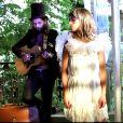 Gaël et Priscilla Lopes dans le clip de Ma petite peau t'aime, en septembre 2014