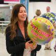 Exclusif - Jessica Biel arrive à l'aéroport de Sydney pour rejoindre son mari Justin Timberlake, le 29 septembre 2014.