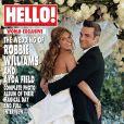 Robbie Williams et Ayda Field en couverture du magazine Hello pour leur mariage, août 2010.