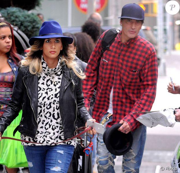 Tommy Lee et sa fiancée Sofia Toufa à New York le 28 octobre 2014.
