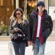 Tommy Lee et sa fiancée Sofia Toufa à New York le 27 octobre 2014.