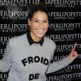 """Laury Thilleman lors de l'inauguration du restaurant """"Saperlipopette!"""" de Norbert Tarayre (Top Chef 3) à Puteaux, le 17 novembre 2014"""