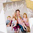 Tori Spelling a dévoilé une adorable photo de famille à l'occasion des Fêtes de fin d'année, sur Instagram le 19 novembre 2014.