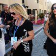 Linda Hamilton et Nicole Scherzinger lors du sacre de son frère au Grand Prix d'Abou Dhabi, le 23 novembre 2014