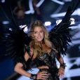 Doutzen Kroes au Défilé Victoria's Secret à Londres, le 2 décembre 2014.