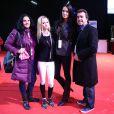 Arnaud Lagardère, sa femme Jade Foret et sa belle-mère Maïté sont venus soutenir Cassandra, la jeune soeur de Jade, au Gucci Paris Masters, dernière étape du Masters Grand Slam Indoor à Paris Nord Villepinte, le 4 décembre 2014.