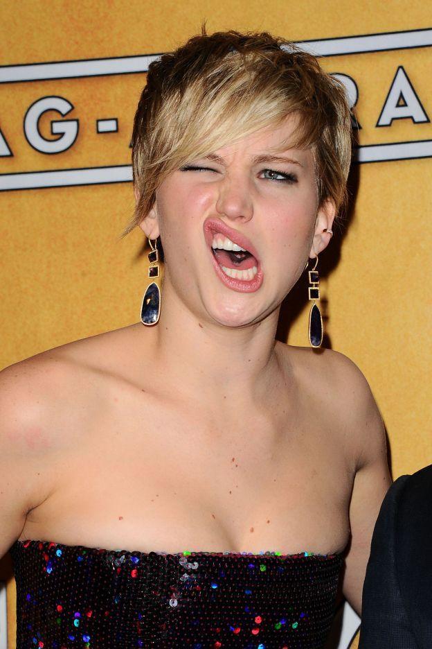 Jennifer Lawrence grimace aux Annual Screen Actors Guild Awards le 18 janvier 2014 à Los Angeles. - ©Abaca Press