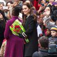 """Kate Middleton enceinte à la sortie du """"Northside Center for Child Development"""", un centre dédié aux enfants, à New York, le 8 décembre 2014."""