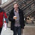 """Hunter Parrish sur le tournage de """"Still Alice"""" à New York, le 4 mars 2014"""