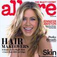 Jennifer Aniston en couverture du magazine Allure, pour le numéro de janvier 2015.