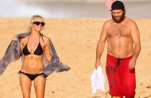 Pamela Anderson sexy et épanouie : Noël à la plage avec son mari Rick Salomon