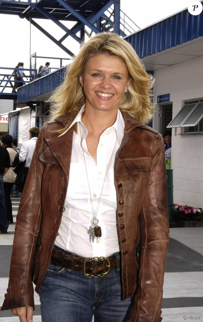 corinna schumacher dans le paddock du grand prix du br sil interlagos le 20 octobre 2006. Black Bedroom Furniture Sets. Home Design Ideas