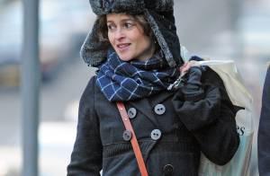 Helena Bonham Carter oublie sa séparation avec Tim Burton dans... un sex shop !
