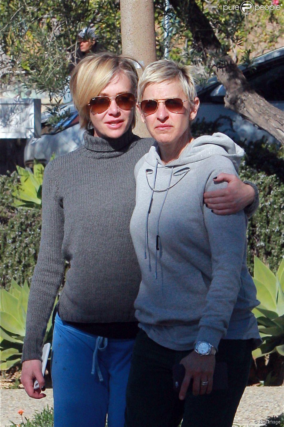 Exclusif - Ellen DeGeneres et sa femme Portia de Rossi sortent de la boutique Alice's Nail à Montecito, le 29 décembre 2014.