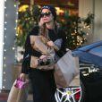 Exclusif - Paris Hilton fait du shopping à Beverly Glen, le 4 janvier 2015.