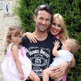 Exclusif - Carlos Moya lors de son 37e anniversaire avec sa femme Carolina Cerezuela et leurs enfants Carla et Carlo, le 27 août 2013 à Palma de Majorque. Le couple a eu le 9 avril 2014 son troisième enfant, Daniela.