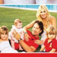 Carlos Moya et Carolina Cerezuela ont ouvert les portes de leur maison de rêve à Palma de Majorque au magazine Hola! (édition du 6 août 2014) pour présenter leur dernière-née, Daniela, 3 mois, avec sa grande soeur Carla (4 ans le 18 août) et son grand frère Carlo (1 an et demi).