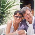 José Artur pose avec sa femme Sophie en mai 1990.