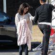 """Exclusif - Selena Gomez se rend à une réunion de pré-production pour le film """"The Revised Fundamentals Of Caregiving"""" à Atlanta, le 22 janvier 2015."""