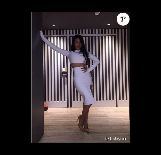 Ayem Nour sexy dans un look très Kim Kardashian, le 27 janvier 2015