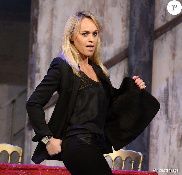 """Cécile de Ménibus - Filage de la pièce """"Le Bouffon du Président"""" au théâtre des Variétés à Paris le 10 février 2015."""
