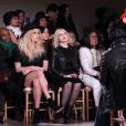 Kesha et Abigail Breslin assistent au défilé Zac Posen automne-hiver 2015-2016 à la Grand Central Station. New York, le 16 février 2015.