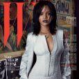 Rihanna en couverture de l'édition coréenne de W. Numéro anniversaire (10 ans) du magazine. Mars 2015.