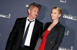 Charlize Theron aux César 2015 : Amoureuse élégante d'un Sean Penn honoré