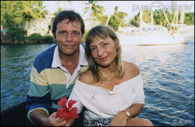 Pierre Bachelet et sa femme Fanfan, à la Martinique, le 15 octpobre 2000.