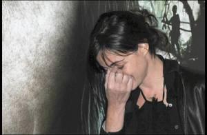 VIDEO + PHOTOS : Emmanuelle Béart en plein tsunami !