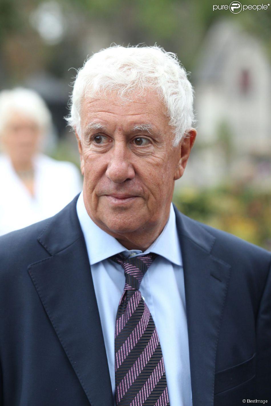 Stéphane Collaro - Obsèques de George Fillioud au cimetière du Père Lachaise. Le 21 septembre 2011.