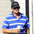 Exclusif - Bruce Jenner se promène dans les rues de Westlake Village, le 8 mars 2015  For germany call for price Exclusive - Reality star Bruce Jenner makes a Starbucks run in Westlake Village, California on March 8, 2015.08/03/2015 - Westlake Village