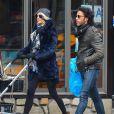 """"""" Exclusif - Carlos Leon (ex de Madonna et papa de Lourdes) et sa femme Betina Holte se promènent avec leur nouveau-né Meeka à New York, le 15 mars 2015. """""""