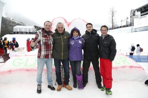 Stéphanie Fugain : Glisse en coeur avec Julian Bugier, le beau gosse du JT