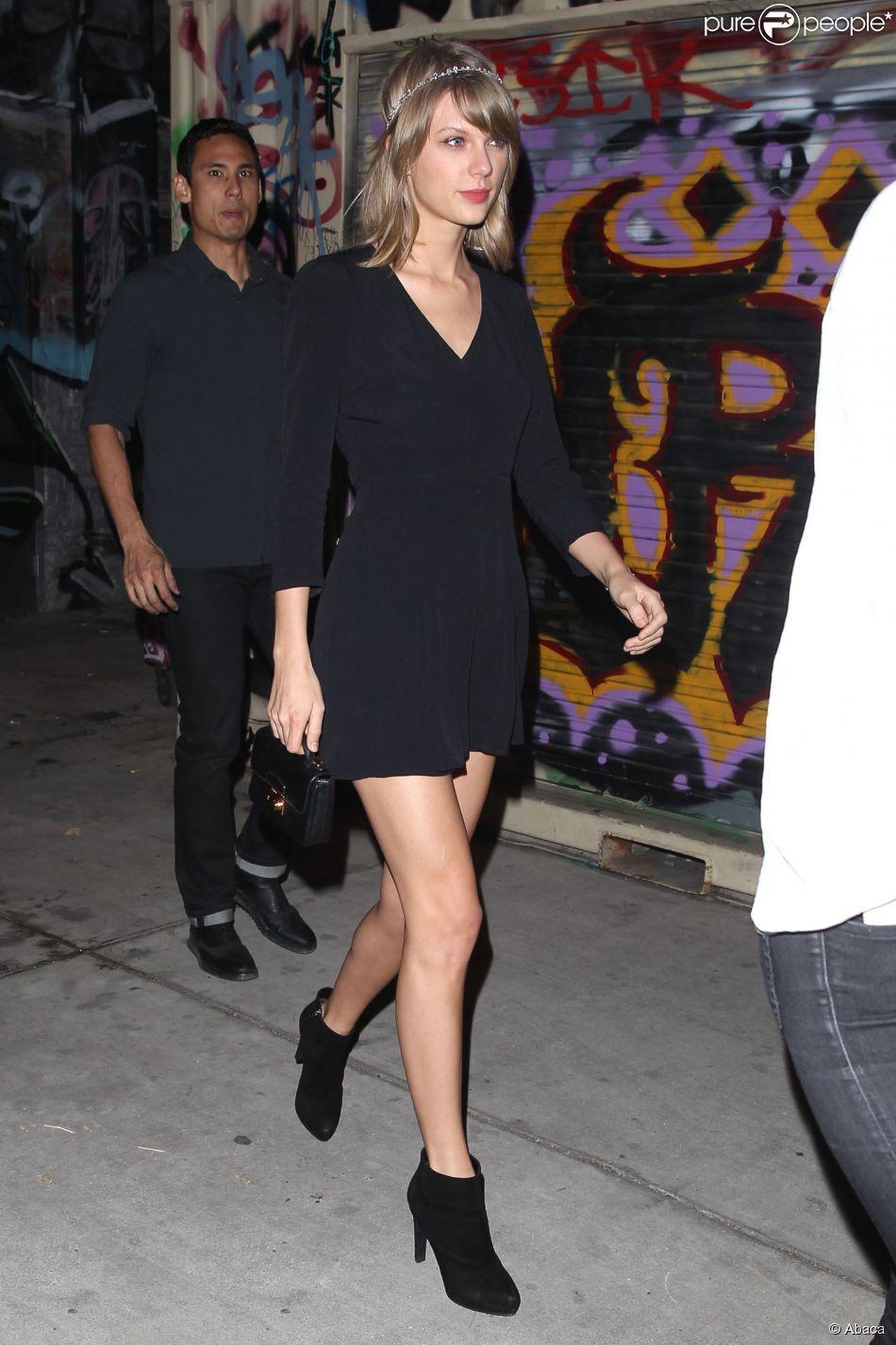 Taylor Swift lors d'une soirée à Los Angeles en compagnie de son jeune frère Austin le 15 mars 2015
