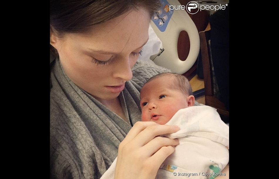 Coco Rocha et sa fille Ioni James. Photo publiée le 28 mars 2015.
