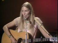 Joni Mitchell hospitalisée : La légendaire chanteuse folk est en soins intensifs