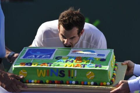 Andy Murray : Un trophée sucré sous les yeux de Kim Sears, étrangement discrète