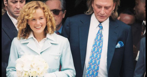 mariage de johnny hallyday et laeticia la mairie de neuilly sur seine le 25 mars 1996. Black Bedroom Furniture Sets. Home Design Ideas