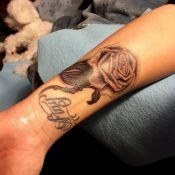 Demi Lovato fait peau neuve : Son tatouage disgracieux recouvert d'une rose