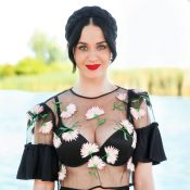 Katy Perry sexy en transparence à Coachella près de Robert Pattinson, amoureux