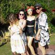 Mia Moretti, Katy Perry, Janell Shirtcliff à la Pool party organisée par Mac Cosmetics X Mia Moretti au Ingleside Inn, à Palm Springs, le 10 avril 2015