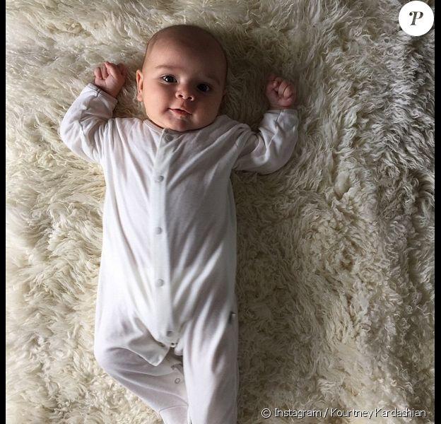 Reign Aston Disick est le troisième enfant de Kourtney Kardashian et Scott Disick. Photo publiée le 8 avril 2015.