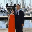 """Les acteurs britanniques Jessica Raine et David Walliams lors du photocall de la série """"Partners in crime"""" dans le cadre du MIPTV 2015 à Cannes le 13 avril 2015 qui se déroule au Palais des Festivals du 13 au 16 mai."""