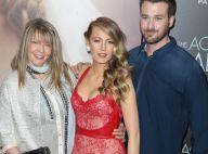 Blake Lively : Spectaculaire au bras de sa maman pour son grand retour